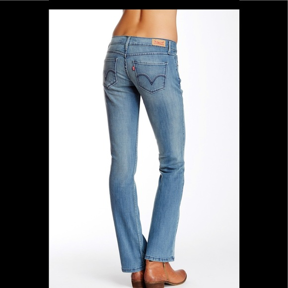 f27468e16e61e NWT Levi's 524 Bootcut Jeans Superlow Sz 9. M_5c61cb3a34a4ef56c1654fee